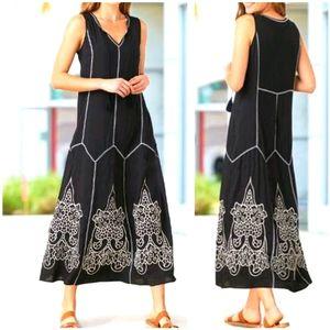 NWT ~ PAPARAZZI BY BIZ Boho Embroidered Maxi Dress